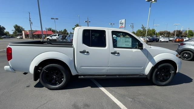2021 Nissan Frontier 4x2, Pickup #21N282 - photo 3