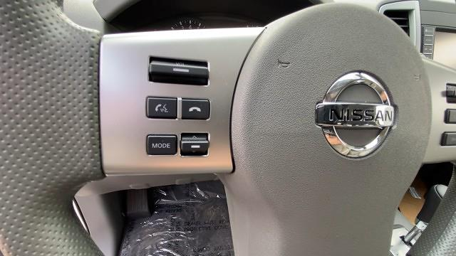 2021 Nissan Frontier 4x4, Pickup #21N286 - photo 35
