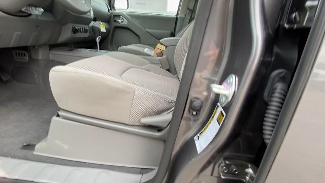 2021 Nissan Frontier 4x4, Pickup #21N287 - photo 39