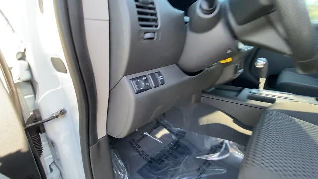 2019 Nissan Frontier King Cab 4x2, Pickup #527029 - photo 38
