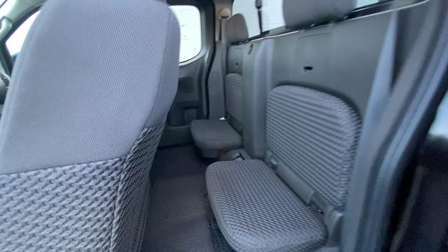 2017 Nissan Frontier King Cab 4x2, Pickup #527108 - photo 25