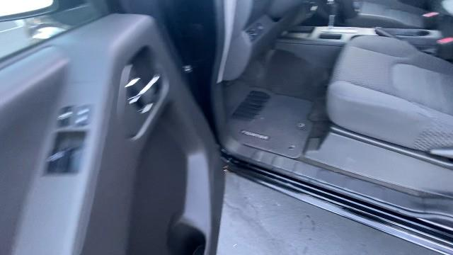 2017 Nissan Frontier King Cab 4x2, Pickup #527108 - photo 30