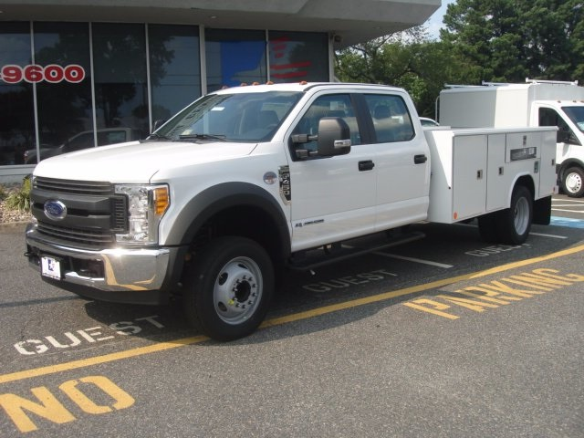 2017 F-450 Crew Cab DRW, Reading Service Body #G77990 - photo 5