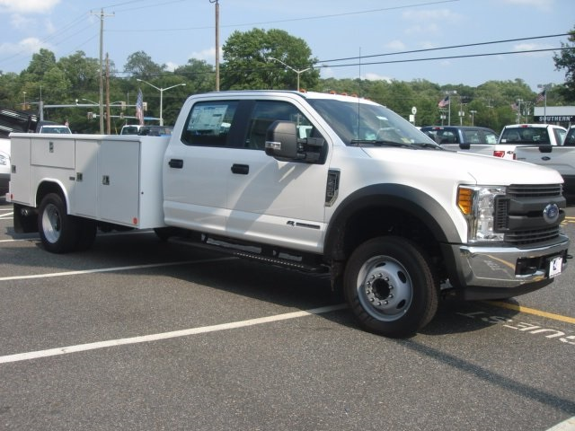 2017 F-450 Crew Cab DRW, Reading Service Body #G77990 - photo 3