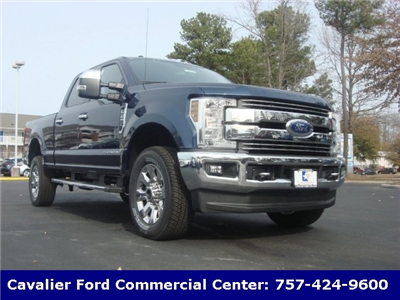 2018 F-250 Crew Cab 4x4, Pickup #G88279 - photo 1
