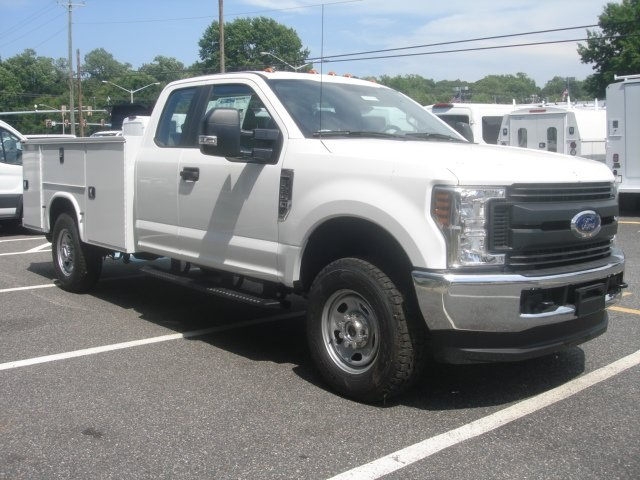 2018 F-350 Super Cab 4x4,  Knapheide Service Body #G88742 - photo 3