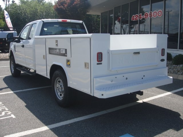 2018 F-350 Super Cab 4x4,  Reading Service Body #G88743 - photo 4