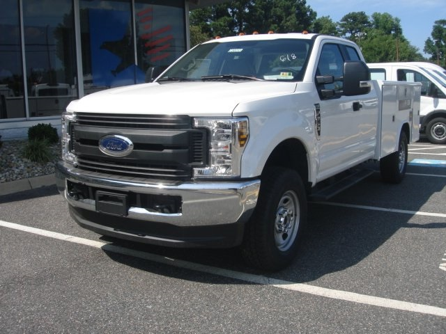 2018 F-350 Super Cab 4x4,  Reading Service Body #G88743 - photo 7