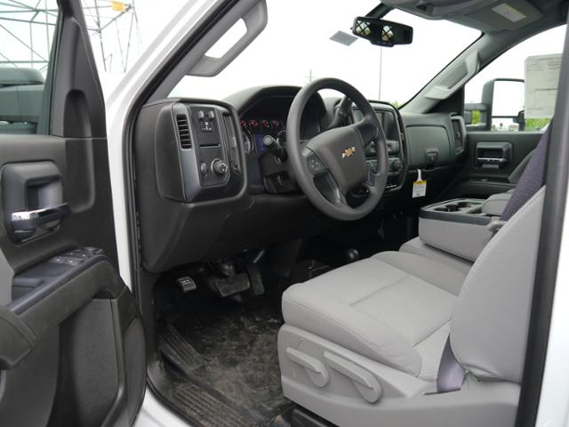2017 Silverado 3500 Regular Cab 4x4, Knapheide Value-Master X Platform Body #175880 - photo 3