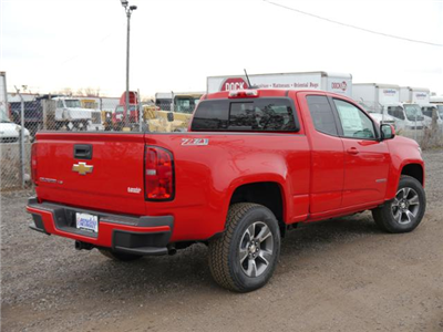 2018 Colorado Extended Cab 4x4,  Pickup #185332 - photo 2