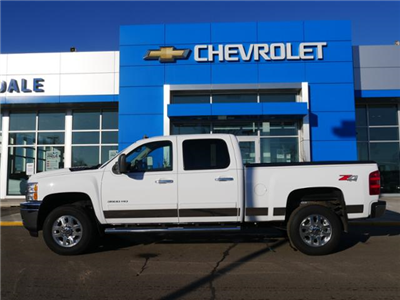 2014 Silverado 3500 Double Cab 4x4,  Pickup #185472A - photo 4