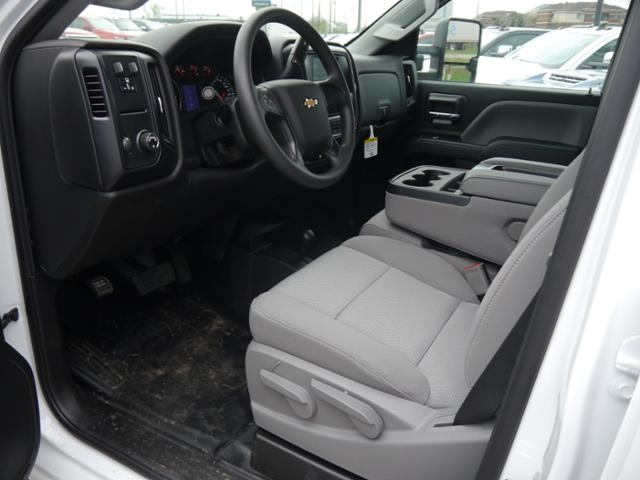 2018 Silverado 3500 Crew Cab 4x4,  Pickup #185495 - photo 3