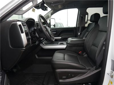 2018 Silverado 3500 Crew Cab 4x4,  Pickup #185703 - photo 3