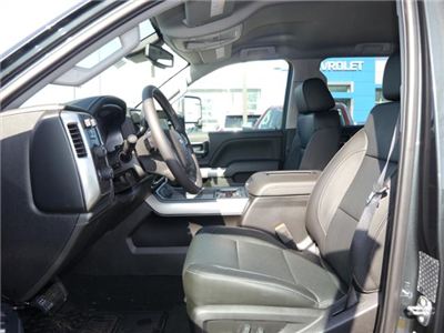 2018 Silverado 3500 Crew Cab 4x4,  Pickup #186072 - photo 3