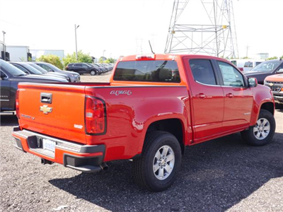 2018 Colorado Crew Cab 4x4,  Pickup #186104 - photo 2