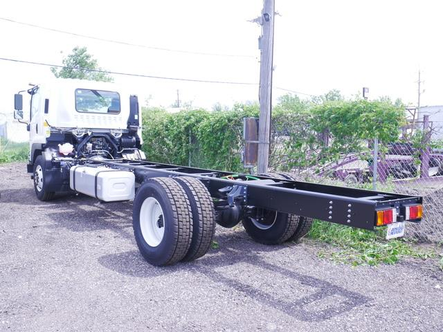 2020 Chevrolet LCF 6500XD Regular Cab 4x2, Cab Chassis #205918 - photo 1
