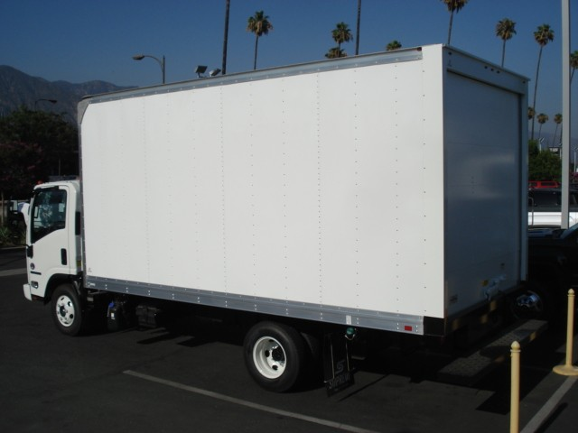 2019 NPR-HD Regular Cab,  Supreme Dry Freight #T47908 - photo 2