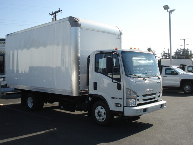 2019 NPR-HD Regular Cab,  Supreme Dry Freight #T47908 - photo 3