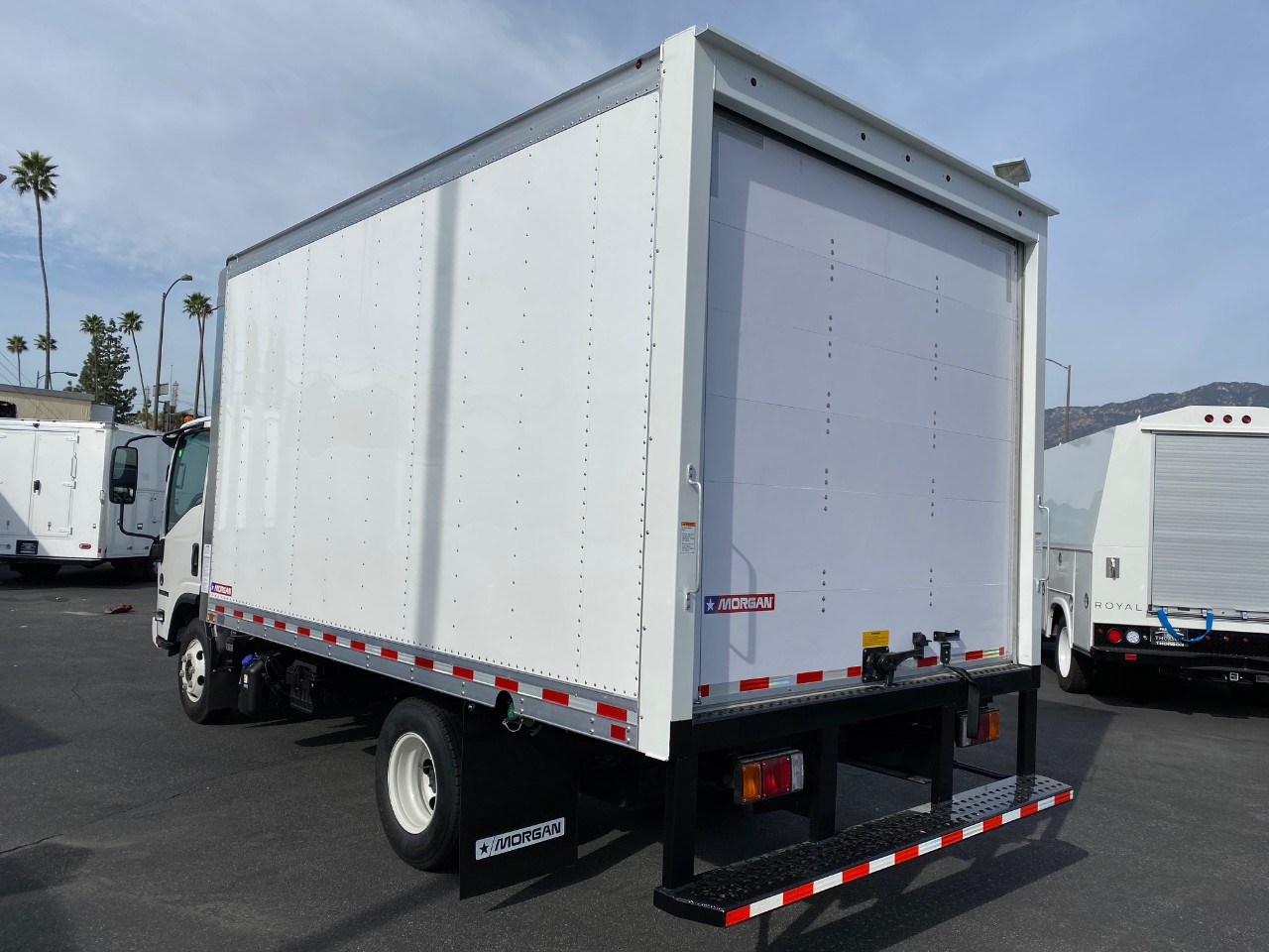 2020 Isuzu NPR-HD Regular Cab 4x2, Morgan Dry Freight #T49230 - photo 1