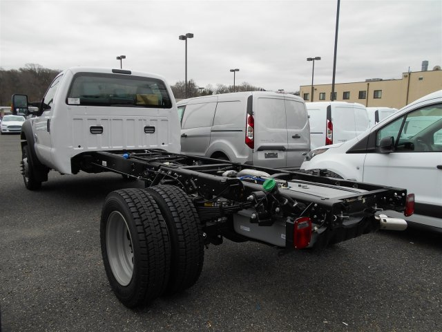 2016 F-550 Regular Cab DRW, Cab Chassis #7R0586 - photo 2