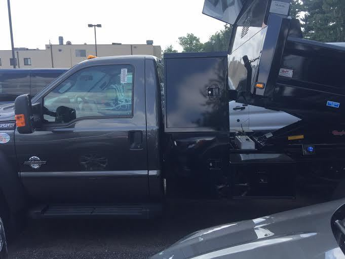 2016 F-550 Regular Cab DRW 4x4, Rugby Dump Body #7R0739 - photo 2