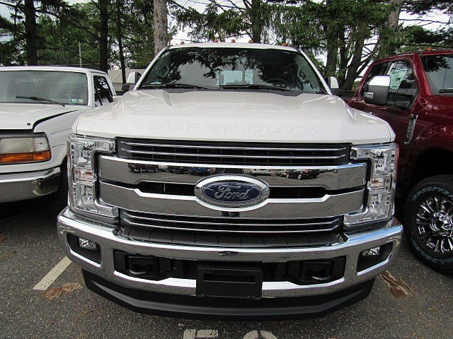 2017 F-250 Crew Cab 4x4 Pickup #7S1216 - photo 3