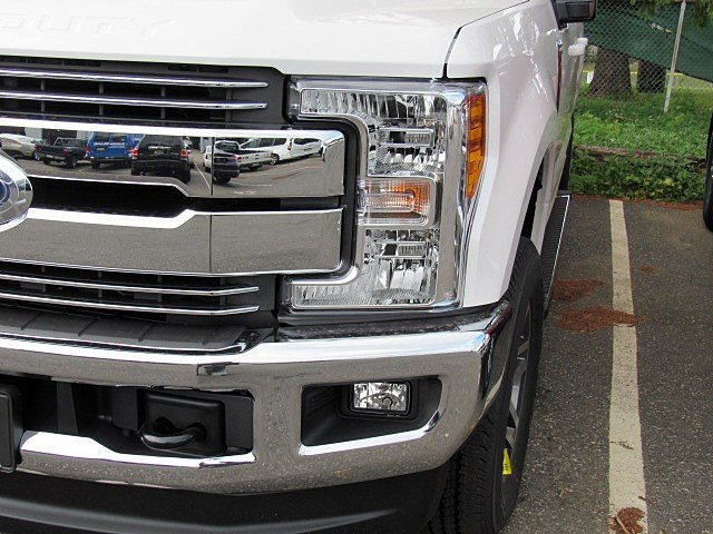 2017 F-250 Crew Cab 4x4 Pickup #7S1216 - photo 4
