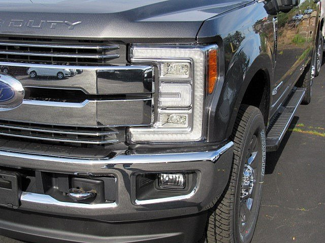 2017 F-350 Crew Cab 4x4 Pickup #7S1476 - photo 4