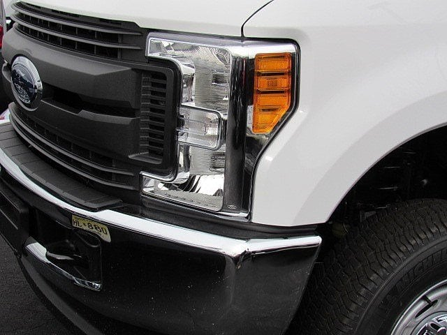2017 F-250 Super Cab 4x4, Reading Service Body #7S1546 - photo 3
