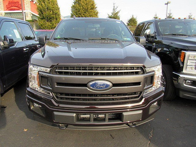 2018 F-150 Crew Cab 4x4, Pickup #7T0111 - photo 2