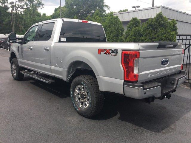 2018 F-250 Crew Cab 4x4,  Pickup #7T0686 - photo 7