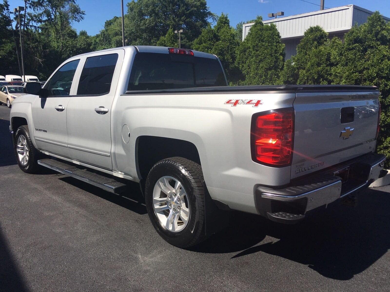 2015 Silverado 1500 Crew Cab 4x4,  Pickup #T0681A - photo 7