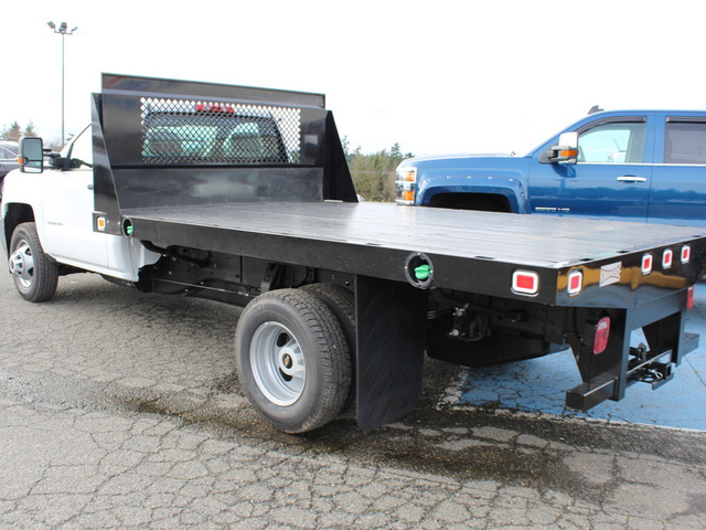 2016 Silverado 3500 Regular Cab, Knapheide Platform Body #F39900 - photo 2
