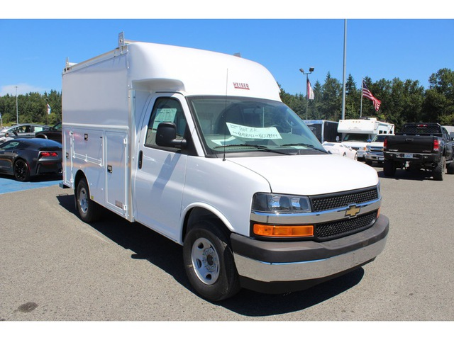 2017 Express 3500, Supreme Service Utility Van #F41058 - photo 6