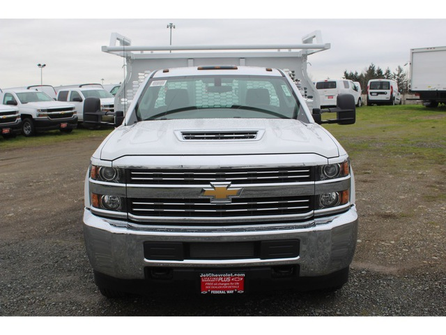 2018 Silverado 3500 Regular Cab DRW, Knapheide Contractor Body #F41479 - photo 3