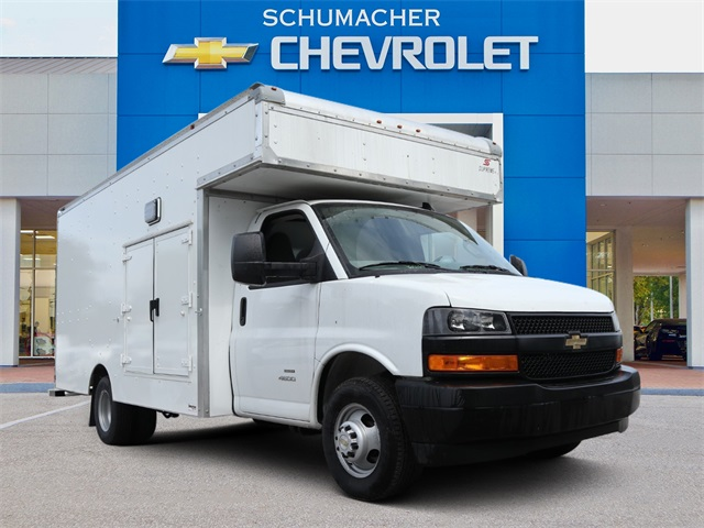 2019 Chevrolet Express 4500 4x2, Supreme Service Utility Van #C921929 - photo 1
