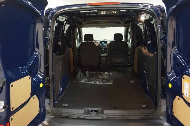 2018 Transit Connect 4x2,  Empty Cargo Van #F846290 - photo 2