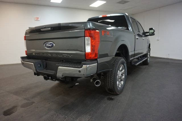 2018 F-250 Crew Cab 4x4, Pickup #F855270 - photo 11