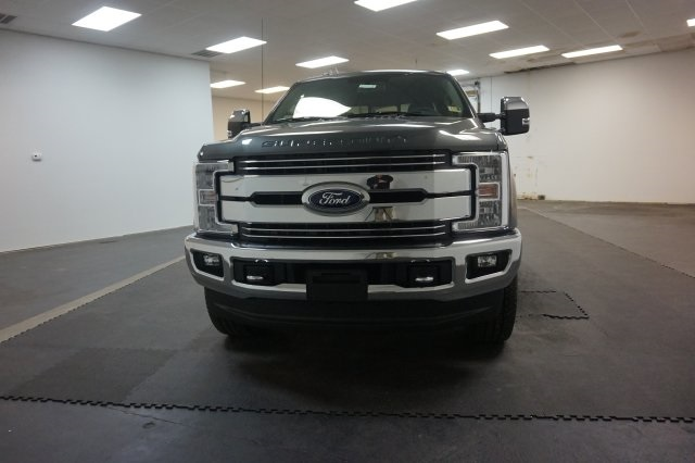 2018 F-250 Crew Cab 4x4, Pickup #F855270 - photo 4