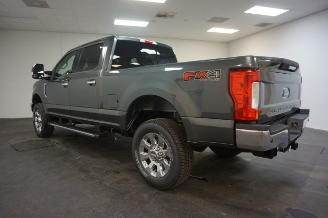 2018 F-250 Crew Cab 4x4, Pickup #F855270 - photo 8