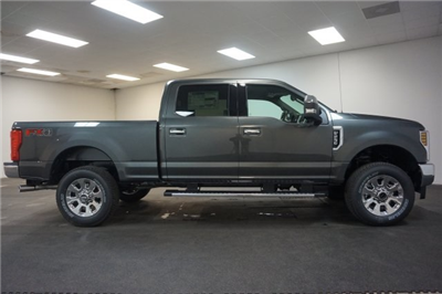 2018 F-250 Crew Cab 4x4, Pickup #F855270 - photo 12