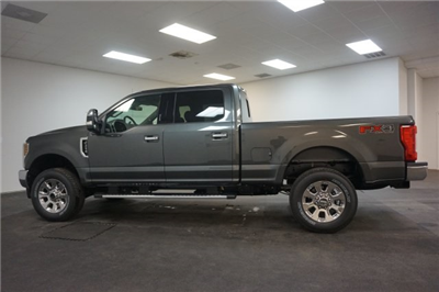 2018 F-250 Crew Cab 4x4, Pickup #F855270 - photo 7