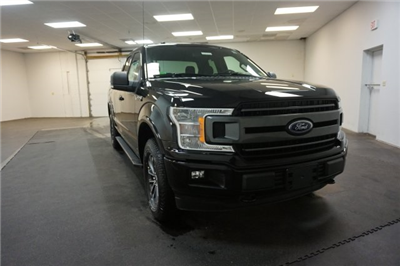 2018 F-150 Super Cab 4x4, Pickup #F855310 - photo 3