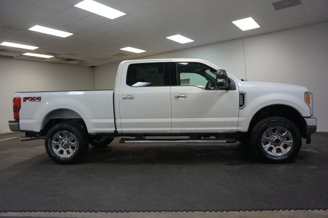 2018 F-250 Crew Cab 4x4, Pickup #F855850 - photo 12