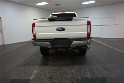2018 F-250 Crew Cab 4x4, Pickup #F855850 - photo 10