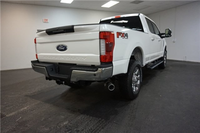 2018 F-250 Crew Cab 4x4, Pickup #F855850 - photo 2