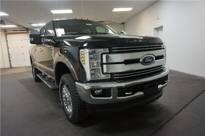 2018 F-250 Crew Cab 4x4, Pickup #F857860 - photo 3
