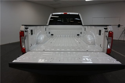 2018 F-350 Crew Cab DRW 4x4,  Pickup #F859800 - photo 25