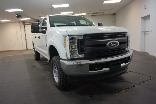2018 F-250 Crew Cab 4x4,  Pickup #F862020 - photo 3
