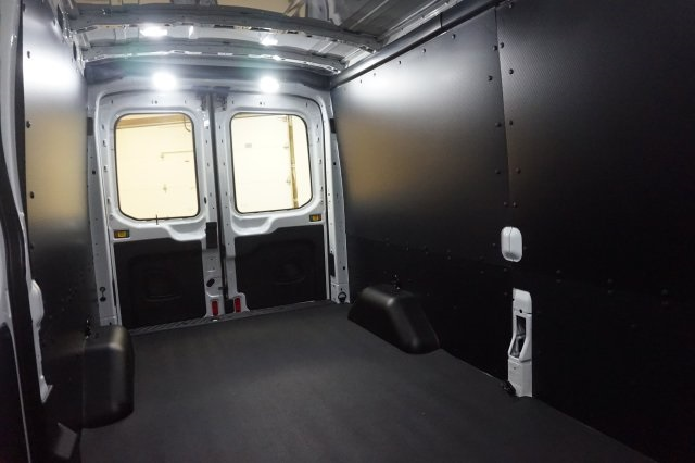 2018 Transit 250 Med Roof 4x2,  Empty Cargo Van #F864630 - photo 20